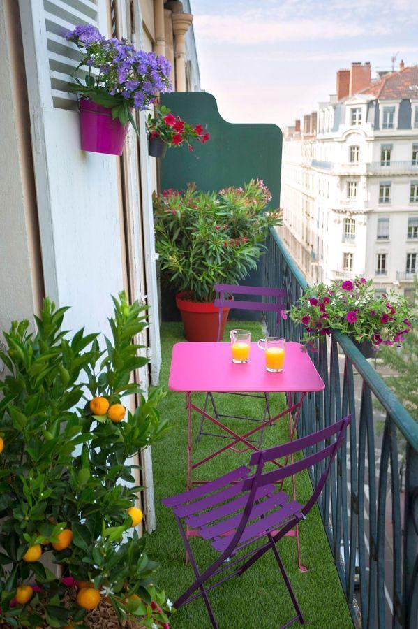 Petit-déjeuner sur le balcon