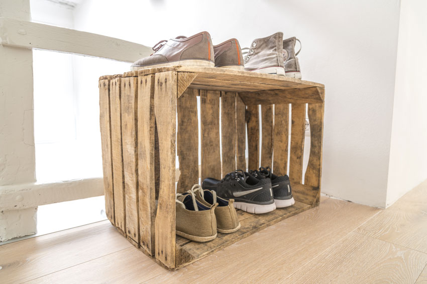 caisses en bois rangement chaussures