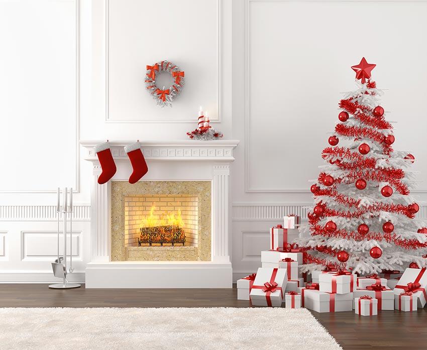 Sapin de Noël rouge et blanc style Shabby chic.