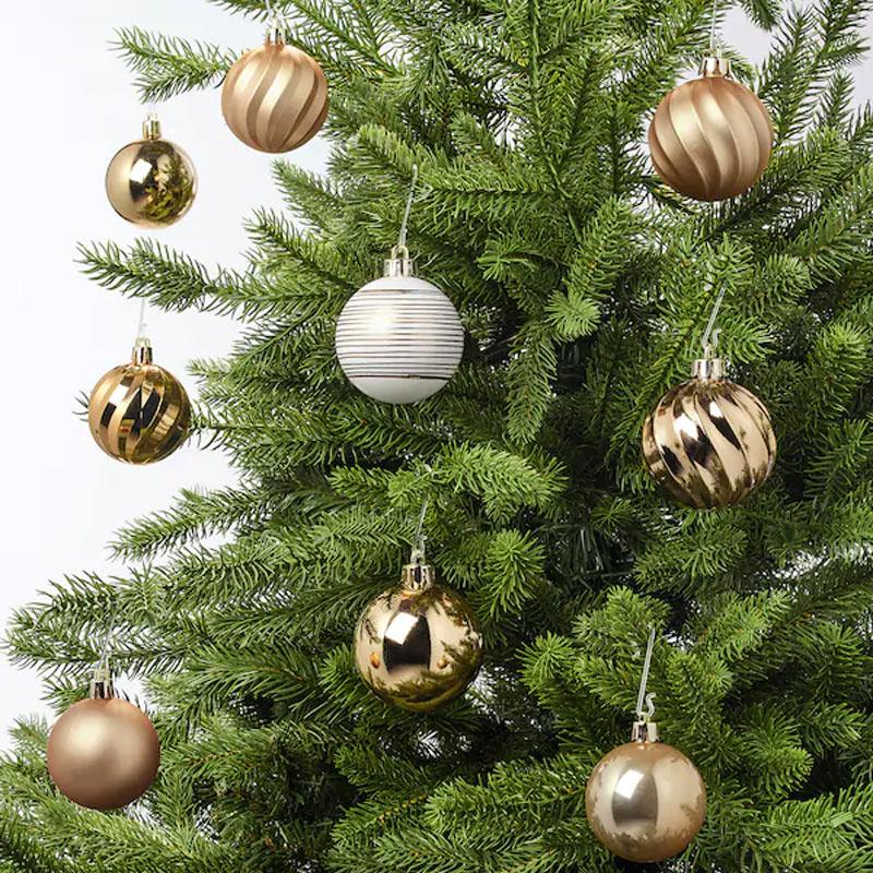 Boule de Noël IKEA pour le sapin.