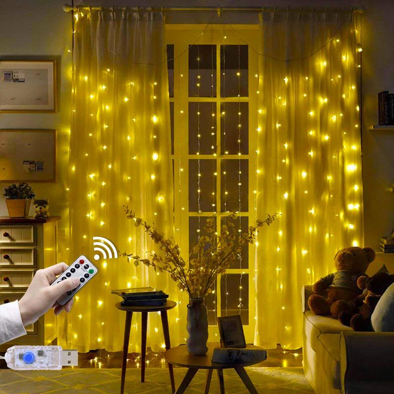 Lumières LED déco pour les rideaux.