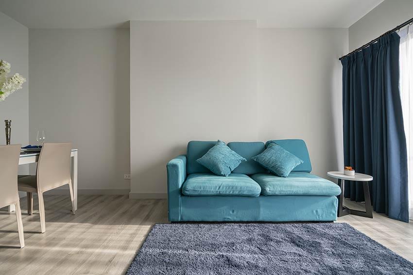 Canapé bleu pantone 2020.