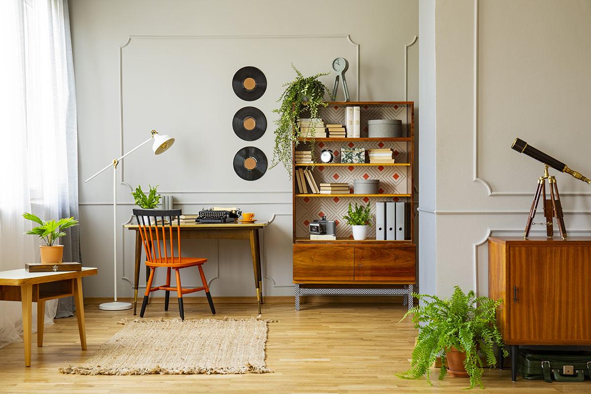 Mobilier vintage dans le salon.