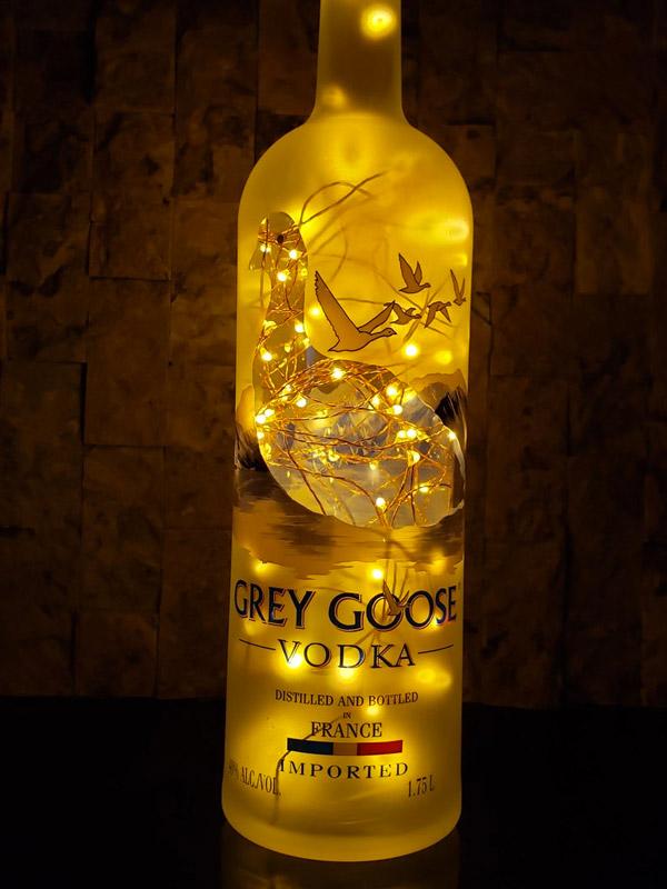 lampe DIY avec bouteille d'alcool