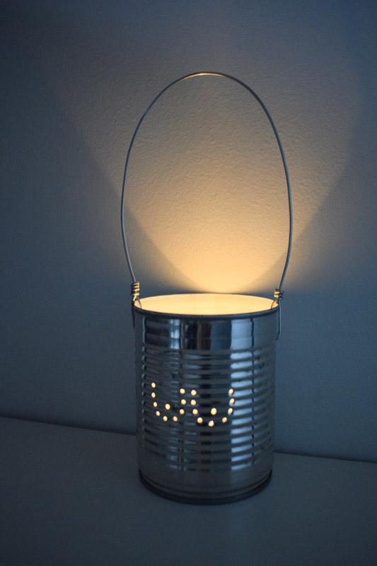 lampe DIY avec boîte de conserve