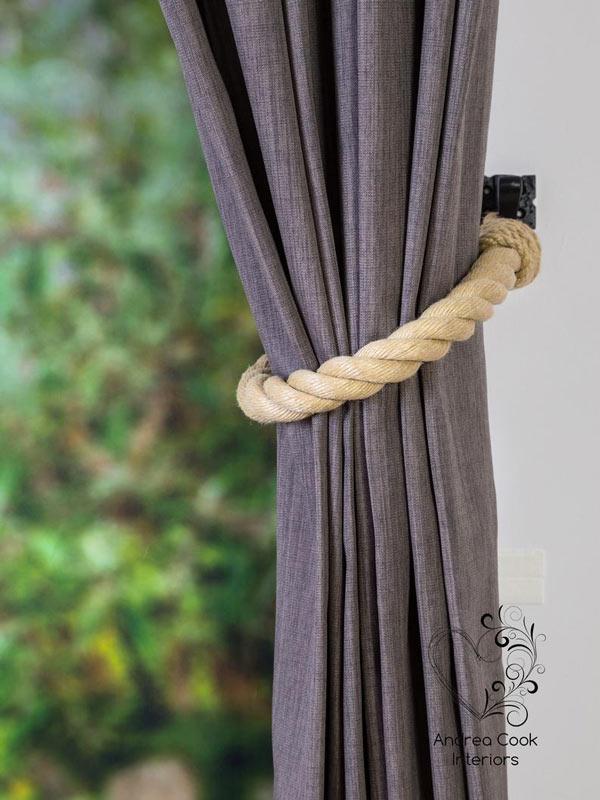 corde pour maintenir un rideau