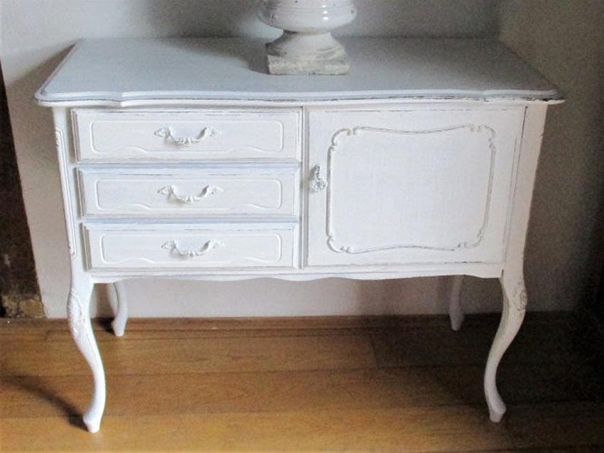 meuble blanc vintage
