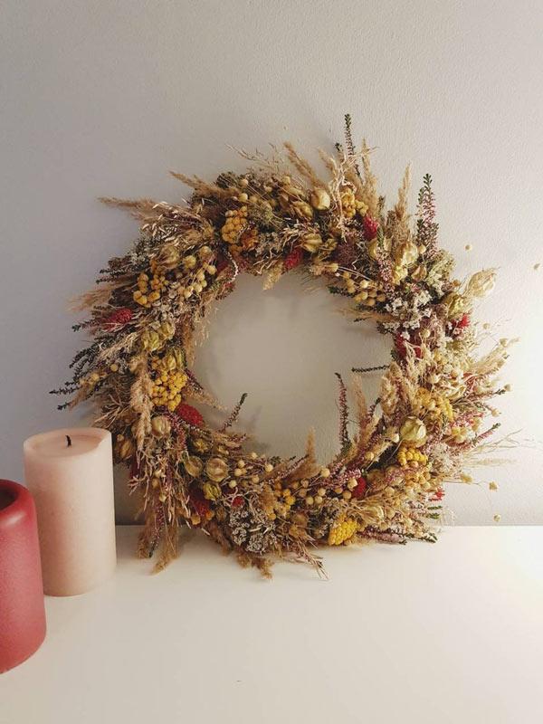 couronne d'automne pour décorer votre maison