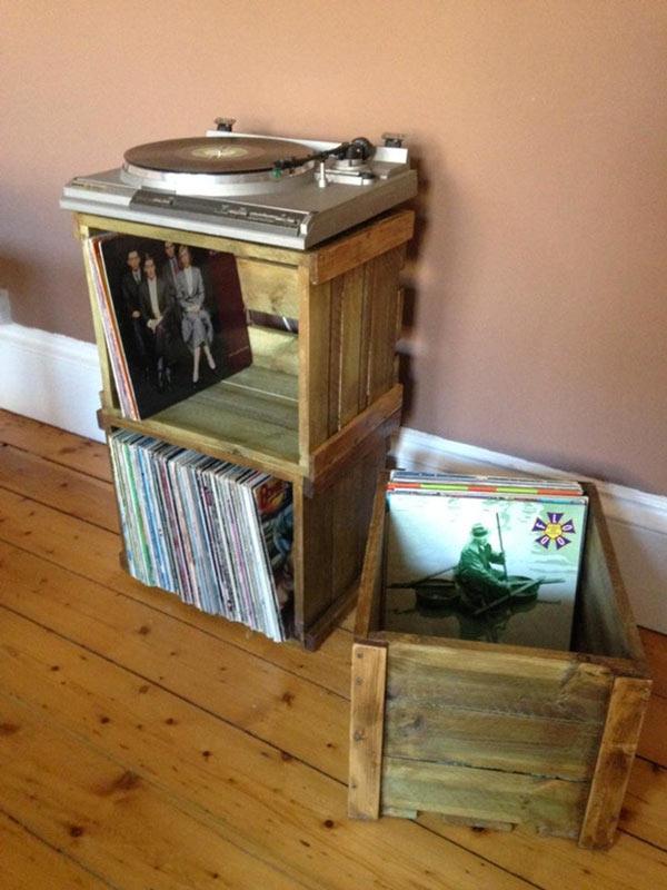 meule DIY avec caisse en bois avec vieille platine vinyle