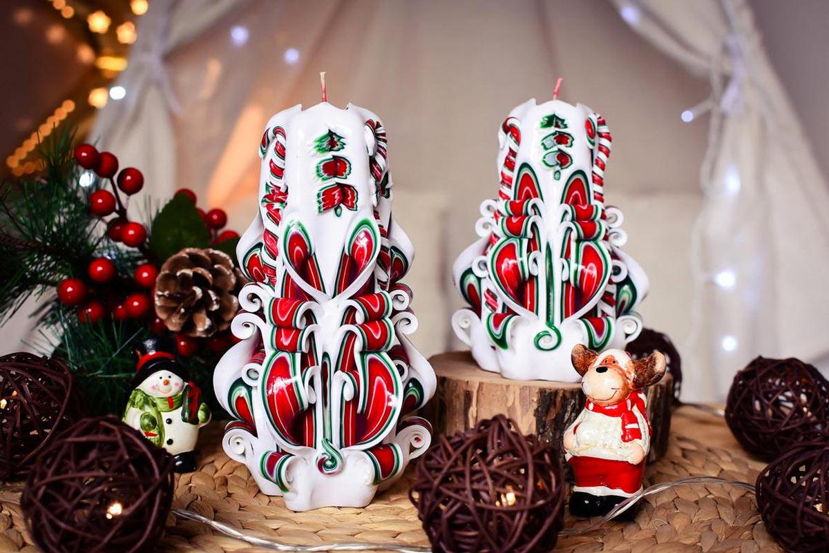 Des bougies atmosphère de Noël.