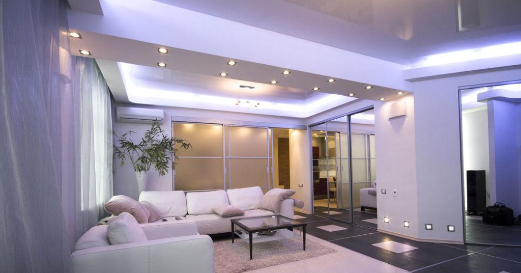 Faux-plafond en plaques de plâtre pour un éclairage original