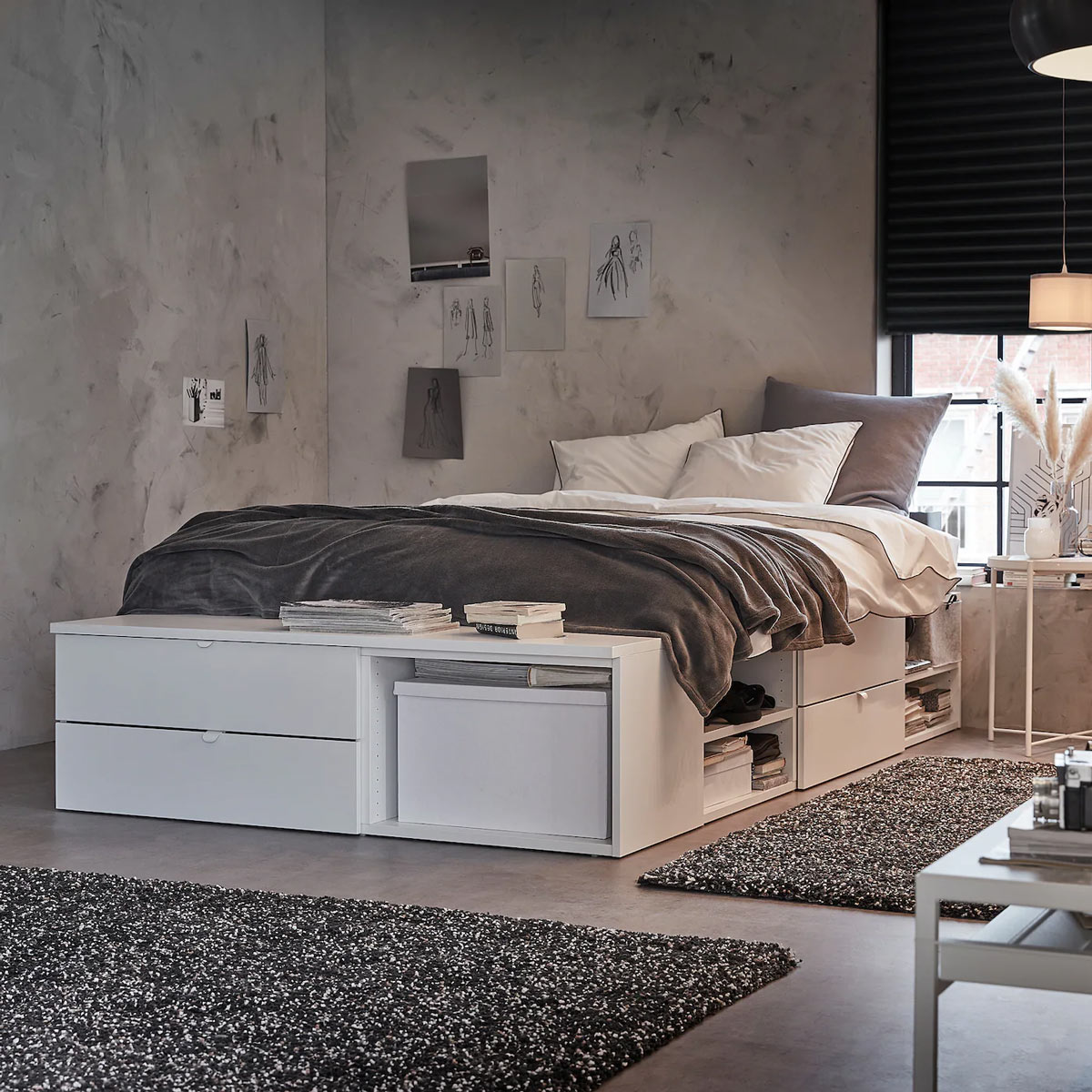 Lits doubles et cadres de lit IKEA.