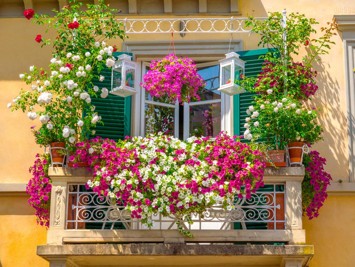 Comment décorer la balustrade du balcon.