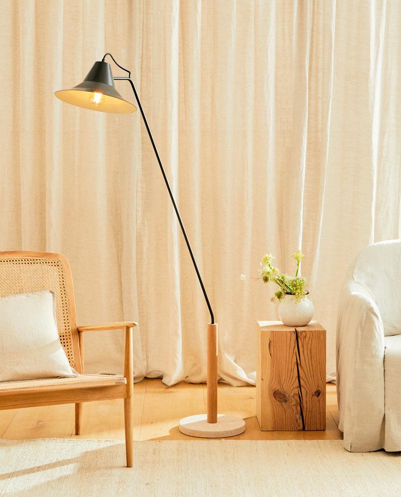 Lampade per illuminare il salotto di casa con stile